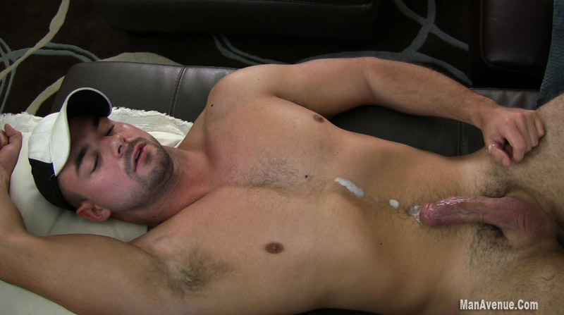 Hung Muscle Stud Jerks Off XTube Porn Video from