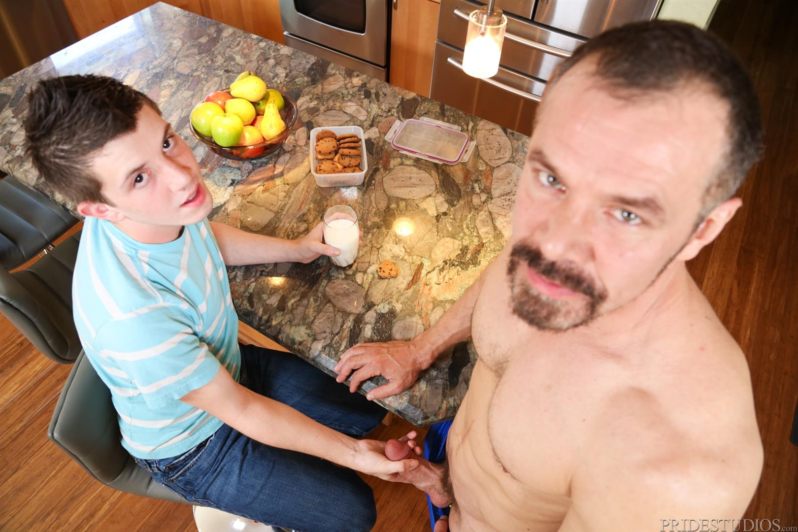 Cock-Virgins-Max-Sargent-and-Jordan-Long-Daddy-Fucking-A-Younger-Guy-Big-Cock-Amateur-Gay-Porn-04 Jordan Long Gets Fucked By His Best Friends Dad